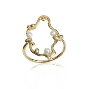 Gold and pearls Ring